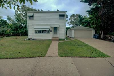 Single Family Home For Sale: 1935 23rd St S