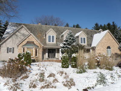 Brookfield WI Single Family Home For Sale: $749,500