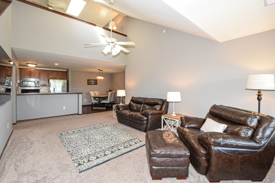 Franklin Condo/Townhouse For Sale: 2849 W Drexel Ave #615