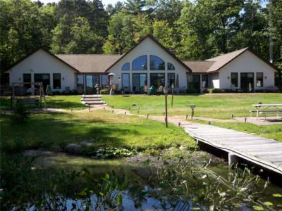 Vilas County Single Family Home For Sale: 988 Circle Dr