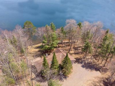 Land O Lakes Single Family Home For Sale: 5446 Maple Leaf Ln