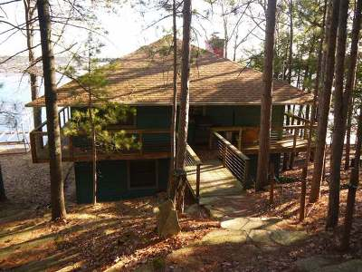 Single Family Home Sold: 1657 Lighthouse Lodge Rd