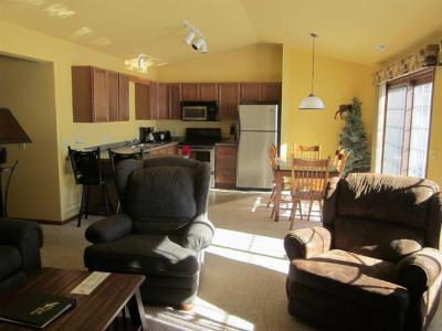 Forest County, Iron Wi County, Langlade County, Lincoln County, Oneida County, Vilas County Condo/Townhouse For Sale: 4443 Chain O Lakes Rd #222