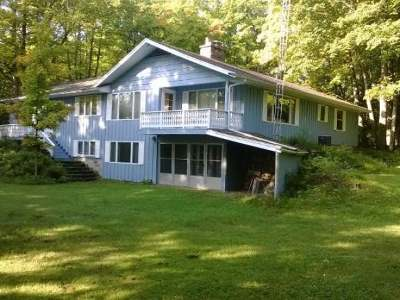 Presque Isle Single Family Home For Sale: 8038. Nordic Dr
