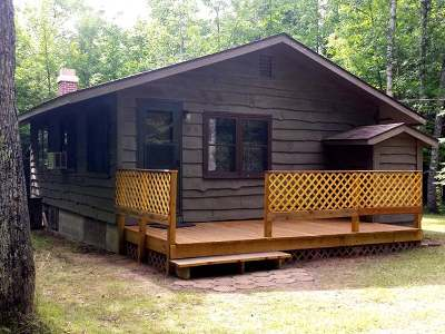 Forest County, Iron Wi County, Langlade County, Lincoln County, Oneida County, Vilas County Single Family Home For Sale: 8775 Squaw Lake Rd W