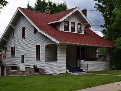 Single Family Home Sold: 520 Baird Ave S