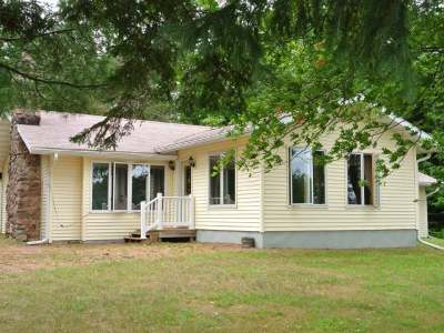 Three Lakes WI Single Family Home For Sale: $274,900