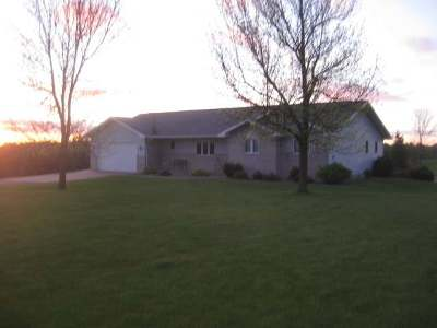 Wausau Single Family Home For Sale: 7646 Meadow Dr
