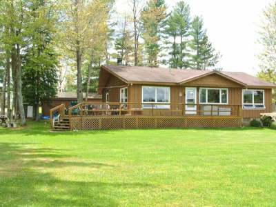 Three Lakes WI Single Family Home For Sale: $279,900