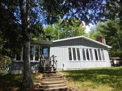 Newbold Single Family Home For Sale: 6859 Pinehurst Dr E
