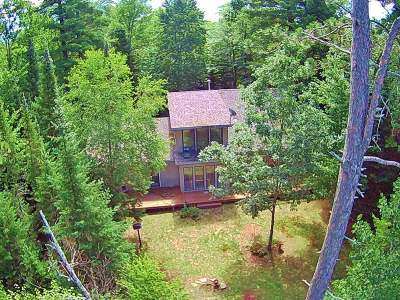 Lincoln County, Price County, Oneida County, Vilas County Single Family Home For Sale: 3154 Cottage Dr E