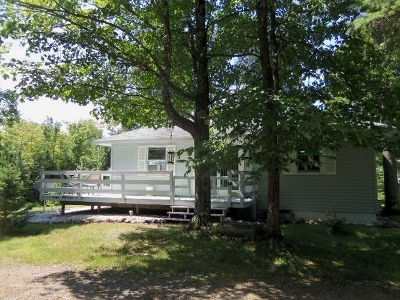 Forest County, Iron Wi County, Langlade County, Lincoln County, Oneida County, Vilas County Single Family Home For Sale: 2622w Mercer Lake Cr