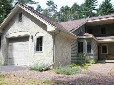Minocqua Condo/Townhouse For Sale: 8767 Brunswick Rd
