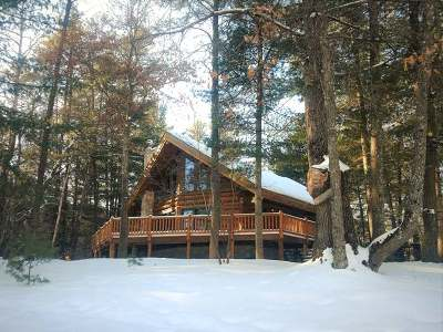 Eagle River WI Single Family Home For Sale: $385,000