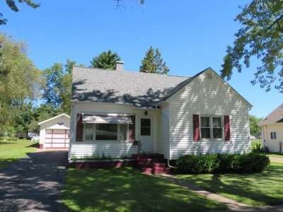 Merrill Single Family Home For Sale: 1706 6th St E