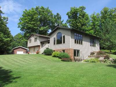 Antigo WI Single Family Home For Sale: $245,000