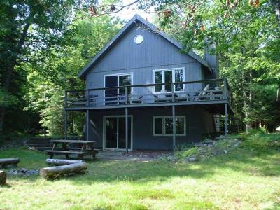 Eagle River WI Single Family Home For Sale: $229,000
