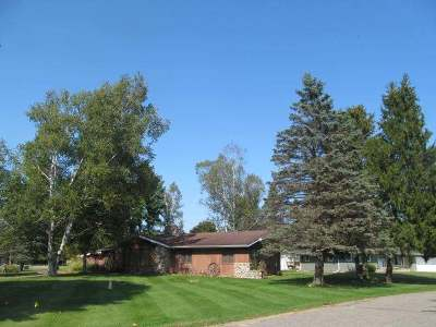 Antigo Single Family Home Active O/C: 709 Eastview Dr
