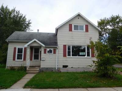 Antigo Single Family Home For Sale: 126 Deleglise St