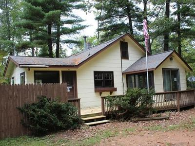 Eagle River WI Single Family Home For Sale: $59,900