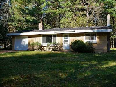 Minocqua Single Family Home For Sale: 10150 Lower Kaubashine Rd