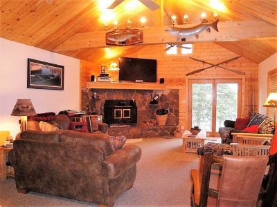 Forest County, Iron Wi County, Langlade County, Lincoln County, Oneida County, Vilas County Single Family Home For Sale: 5130 Evergreen Ct