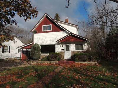 Antigo Single Family Home For Sale: 516 9th Ave