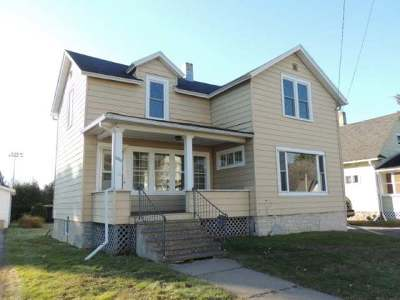 Antigo Single Family Home For Sale: 1225 5th Ave