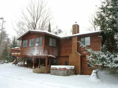 Three Lakes WI Single Family Home For Sale: $159,500