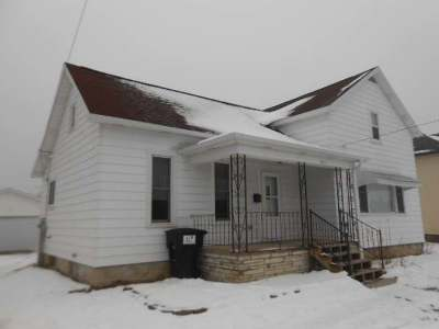 Antigo Single Family Home For Sale: 321 Lincoln St