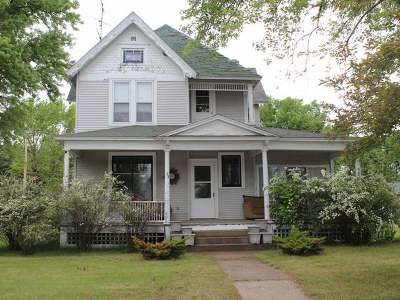 Tomahawk Single Family Home Active O/C: 28 Lincoln Ave W