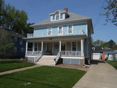 Antigo Single Family Home Active O/C: 1208 Clermont St