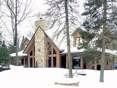 Watersmeet MI Single Family Home For Sale: $399,000