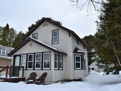 Eagle River WI Single Family Home For Sale: $84,500
