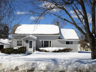 Eagle River WI Single Family Home For Sale: $89,000