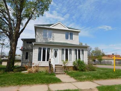 Tomahawk Single Family Home For Sale: 104 Spirit Ave W