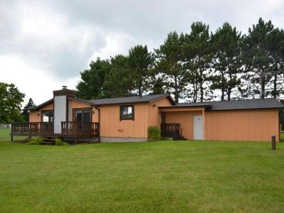 Forest County, Iron Wi County, Langlade County, Lincoln County, Oneida County, Vilas County Single Family Home For Sale: N5279 North Shore Rd