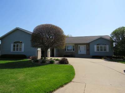 Antigo WI Single Family Home For Sale: $249,000