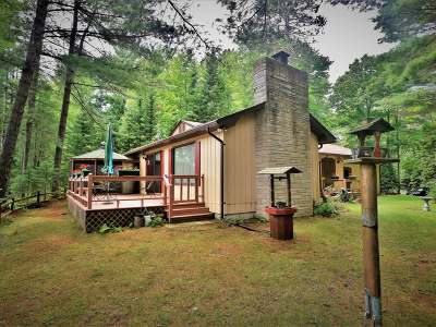 Eagle River WI Single Family Home For Sale: $180,000