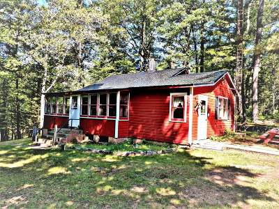 Eagle River WI Single Family Home For Sale: $159,000