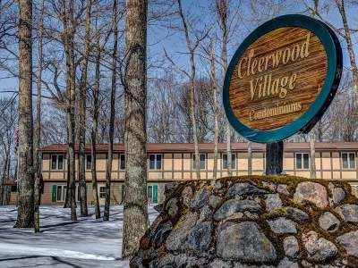 Forest County, Iron Wi County, Langlade County, Lincoln County, Oneida County, Vilas County Condo/Townhouse For Sale: 1465 Dollar Lake Rd E #265