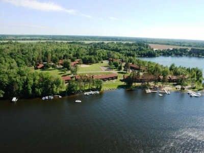 Forest County, Iron Wi County, Langlade County, Lincoln County, Oneida County, Vilas County Condo/Townhouse For Sale: 4443 Chain O Lakes Rd #105