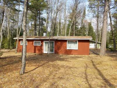Forest County, Iron Wi County, Langlade County, Lincoln County, Oneida County, Vilas County Single Family Home For Sale: 5708 Polar Bear Ln