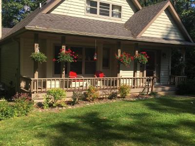 Arbor Vitae Single Family Home For Sale: 10018 Quiet Bay Tr