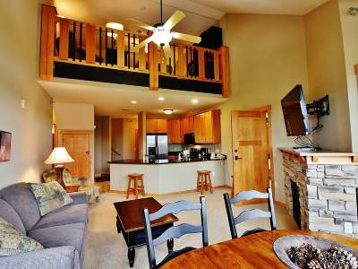 Forest County, Iron Wi County, Langlade County, Lincoln County, Oneida County, Vilas County Condo/Townhouse For Sale: 6990 Bengs Rd #31