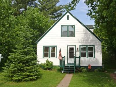 Minocqua Single Family Home Active O/C: 424 Menominee St