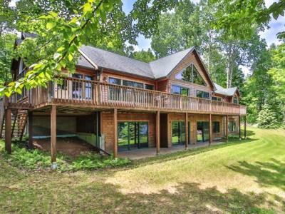 Presque Isle Single Family Home For Sale: 12440 Carlin Lake Dr