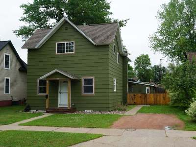 Merrill Single Family Home For Sale: 403 4th St