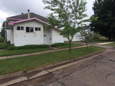 Park Falls Single Family Home For Sale: 425 4th St S