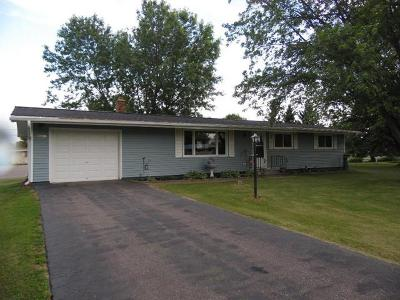 Merrill Single Family Home For Sale: W5103 Riverview Rd